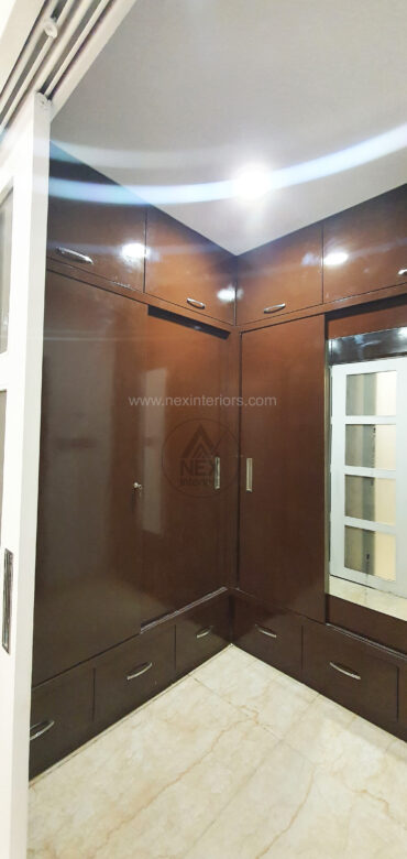 wood waredrobe sliding doors